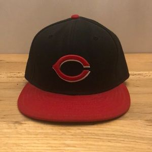 Cincinnati Reds New Era Fitted Hat 7 3/8